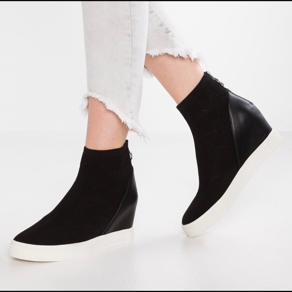 Lizzy Wedge Knit Sneaker Black White